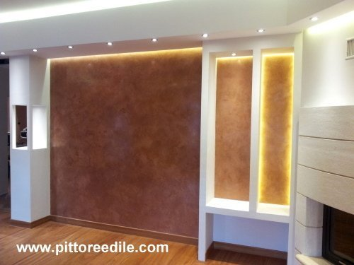 Parete salone interesting dalani porta tv da parete for Pareti salone